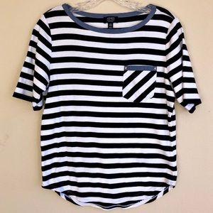 Navy & white striped tee, worn once, EUC Jones NY